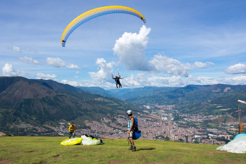 Paragliging Tour